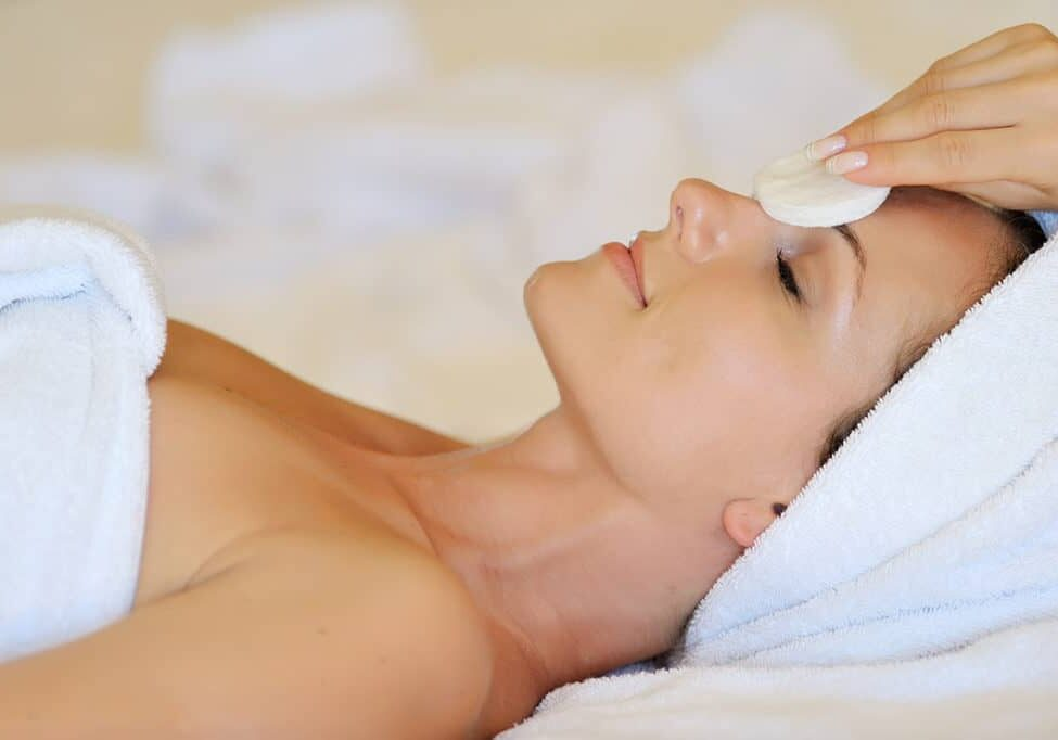 LaVida Massage of Smithtown, Skin Care, Skincare, Facials, Anti-Aging Facials, Anti-Acne Facials